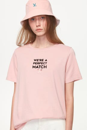 PERFECT MATCH GRAPHIC TEE