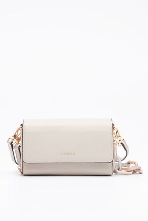 CLUTCH WITH CHUNKY CHAIN STRAP