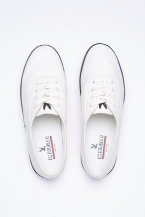 รองเท้าผ้าใบแต่งลายทาง