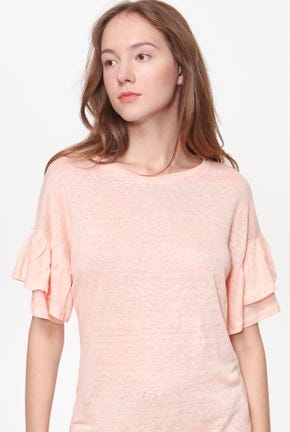 RUFFLE-SLEEVED TEE
