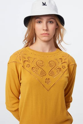 CUTWORK EMBROIDERY PULLOVER
