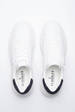 WHITE SNEAKERS WITH SUEDE HEEL TAP