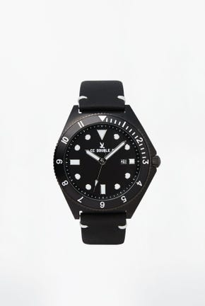 CC DOUBLE O LEATHER STRAP WATCH