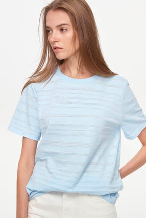 ON-TONE STRIPED TEE