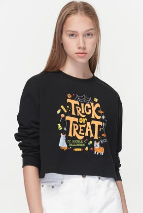 TRICK OR TREATS CROPPED PULLOVER