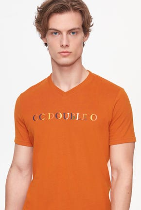 CC DOUBLE O LOGO V-NECK TEE