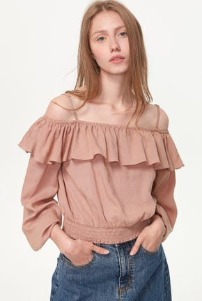OFF-SHOULDER BLOUSE WITH RUFFLE DETAIL