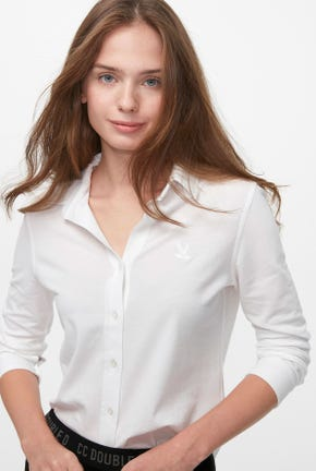 LONG-SLEEVED BUTTON DOWN SHIRT