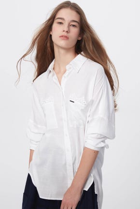 LONG-SLEEVED SHIRT WITH LACE POCKETS