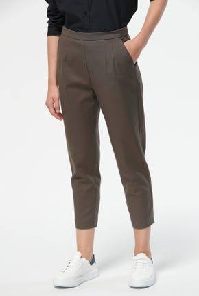 กางเกงขายาวครอปทรงสลิม