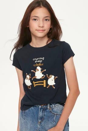 JUMPING SHEEP GRAPHIC TEE