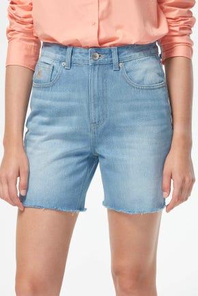 กางเกงยีนส์เอวสูงขาสั้น